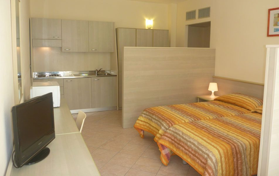 Holiday apartments for 2-4 people: sleeping area | Villaggio Borgoverde Imperia