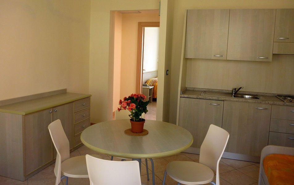 Appartamenti vacanza per 4-6 persone: zona giorno | Villaggio Borgoverde Imperia